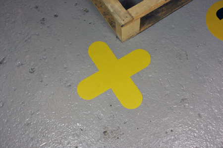 Pallet-Marker-Cross